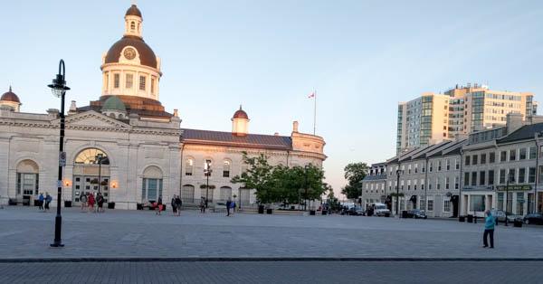 Springer Square, Kingston
